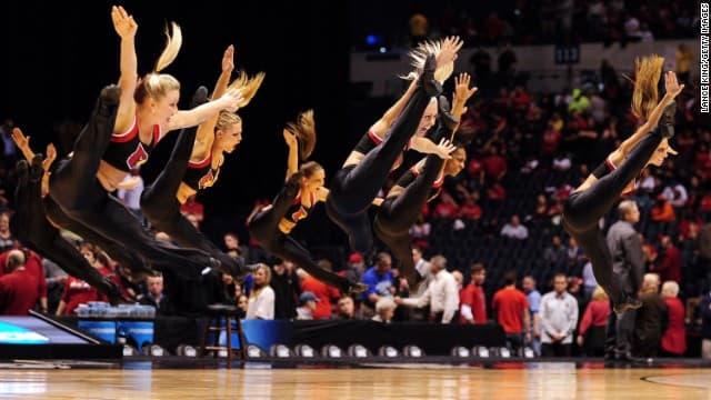 Louisville Cardinals Cheerleaders