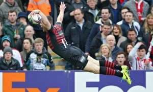 Chris Ashton scores