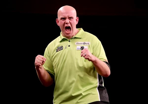 Michael Van Gerwen celebrates winning his first set 14/10/2012Ê