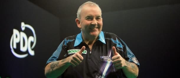 Phil Taylor went close to beating Michael van Gerwen in the semi final of the Unibet Masters.