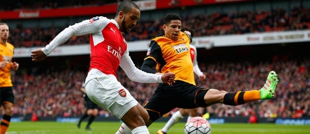 Arsenal were held to a 0-0 draw by Hull at the Emirates.