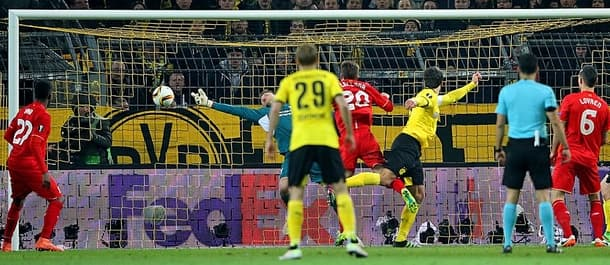 The first leg of this UEFA Cup quarter final ended 1-1 in Dortmund.