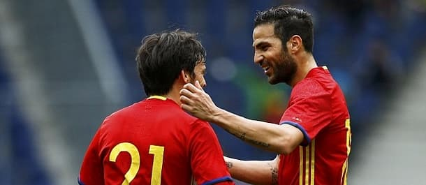 Spain thumped South Korea 6-1 in their latest friendly.