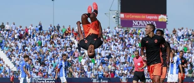 Nani celebrates scoring for Valencia v Leganes.