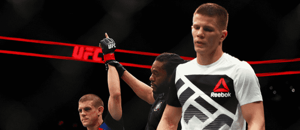 Marcin Held loses a split decision to Joe Lauzon