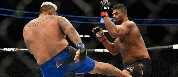 Mark Hunt Attacks the Legs of Alistair Overeem