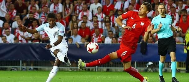 England beat Poland to qualify for the Euro U21 semi final.