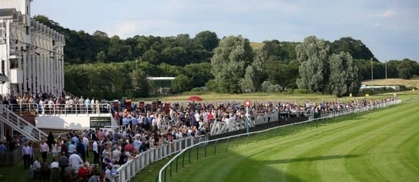 La Diva is a worthy favourite at Nottingham racecourse.