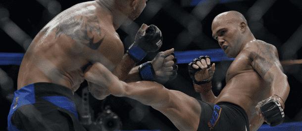 Robbie Lawler kicks Donald Cerrone