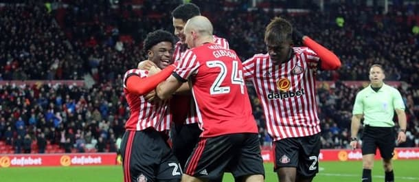 Sunderland broke the home hoodoo with a win over Fulham.