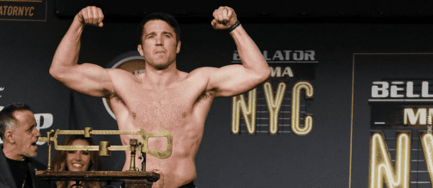 Chael Sonnen weighs in at Bellator NYC