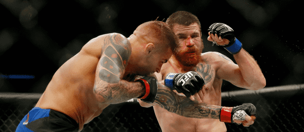 Jim Miller battles with Dustin Poirier