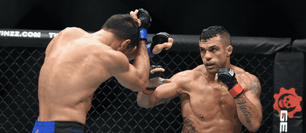 Vitor Belfort lands some hard punches