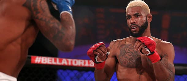 Darrion Caldwell walks his Bellator opponent down