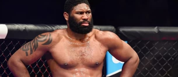 Curtis Blaydes stares down his UFC opponent