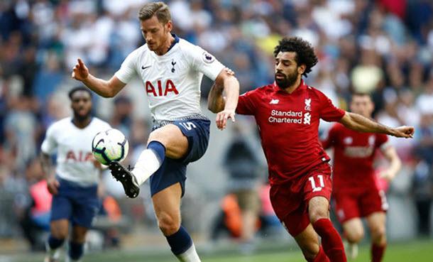 Liverpool v Tottenham Kick
